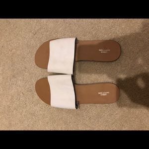 Urban Outfitter White Sandals